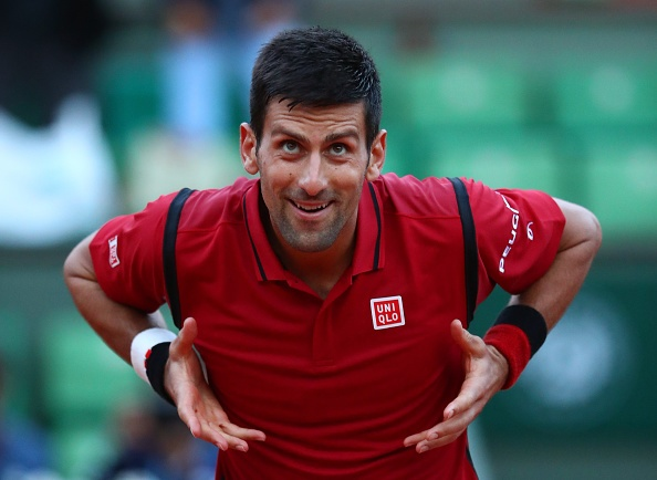 Djokovic nhe nhang vao vong 4 Roland Garros hinh anh