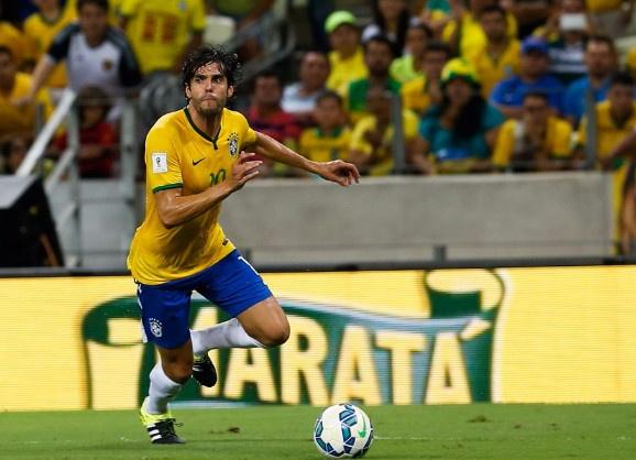 Brazil thang 2-0 anh 1