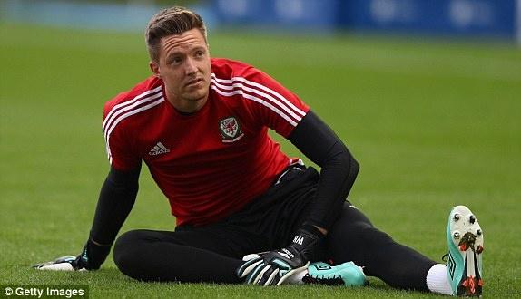 Wales vs Slovakia (2-1): Bale ghi ban thang lich su hinh anh 2