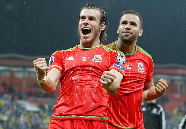 Wales vs Slovakia (2-1): Bale ghi ban thang lich su hinh anh 3