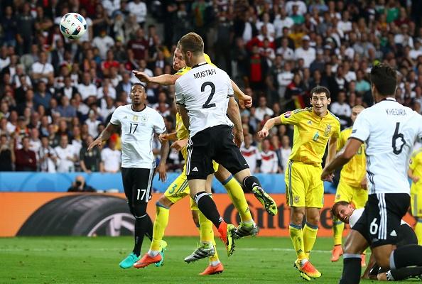 Duc vs Ukraine (2-0): Chien thang kem thuyet phuc hinh anh 19