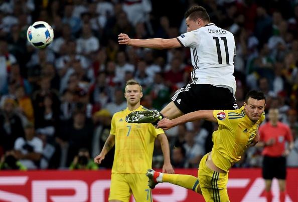 Duc vs Ukraine (2-0): Chien thang kem thuyet phuc hinh anh 26