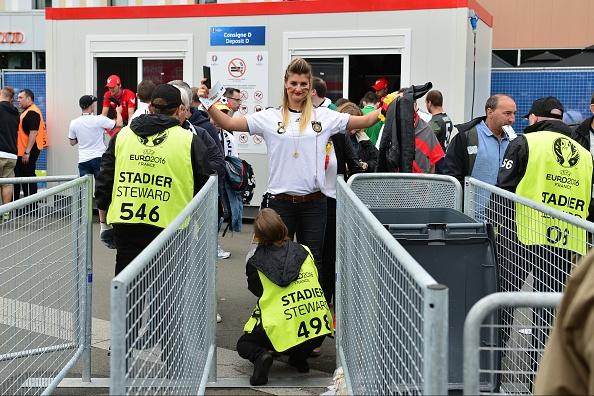 Duc vs Ukraine (2-0): Chien thang kem thuyet phuc hinh anh 15