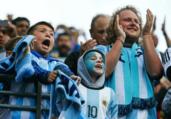 Argentina vs Bolivia (3-0): Messi va doi thu huc dau hinh anh 22