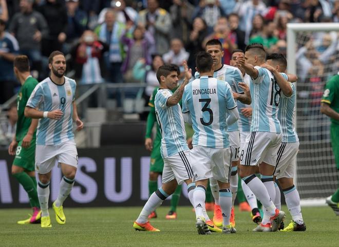 Argentina vs Bolivia (3-0): Messi va doi thu huc dau hinh anh 15