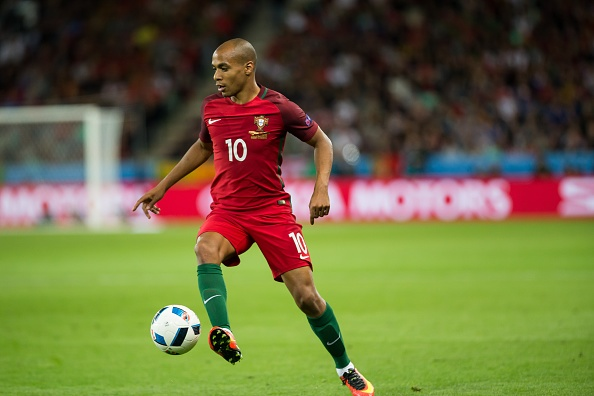 Chuyen nhuong 19/6: Ronaldo khien MU, PSG mung hut hinh anh 8