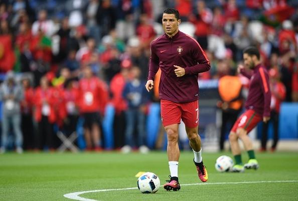 Bo Dao Nha vs Ao (0-0): Ronaldo da hong phat den hinh anh 10
