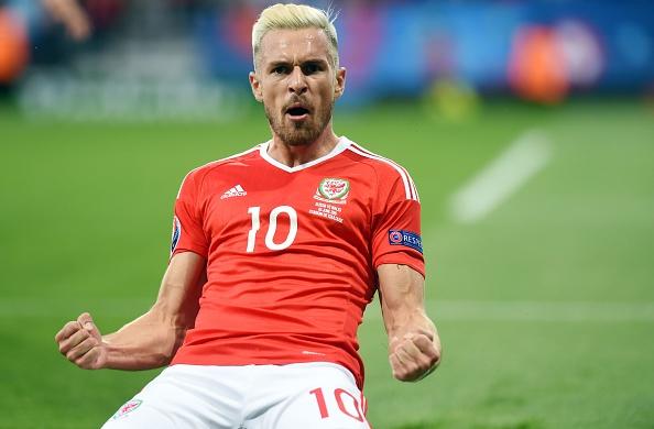 Bale toa sang, Xu Wales vuot Anh len dau bang hinh anh 17