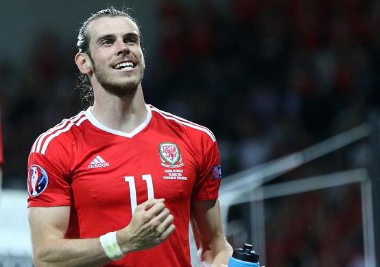 Cham diem Xu Wales vs Nga: Diem 10 cho Bale hinh anh