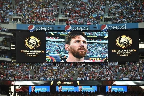 Messi sut hong luan luu, Argentina lai om han truoc Chile hinh anh 14