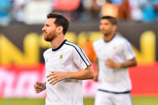 Messi sut hong luan luu, Argentina lai om han truoc Chile hinh anh 7