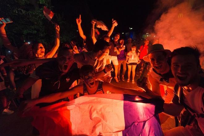 CDV Viet Nam cuong nhiet co vu tran ban ket Euro 2016 hinh anh 6