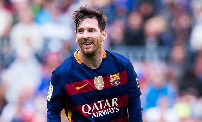 Chuyen nhuong 17/7: Messi gia han hop dong voi Barca hinh anh