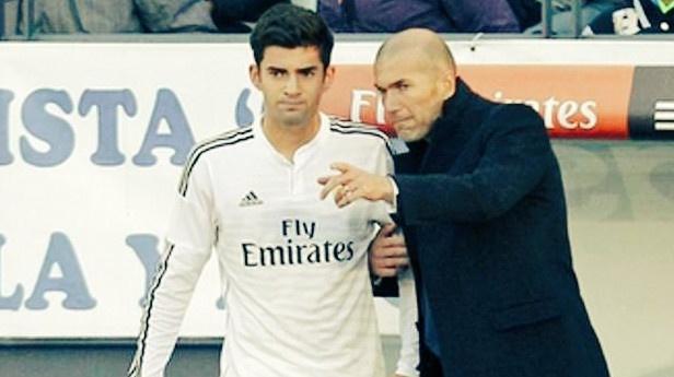 Real Madrid vs PSG (1-3): Zidane trao co hoi cho con trai hinh anh