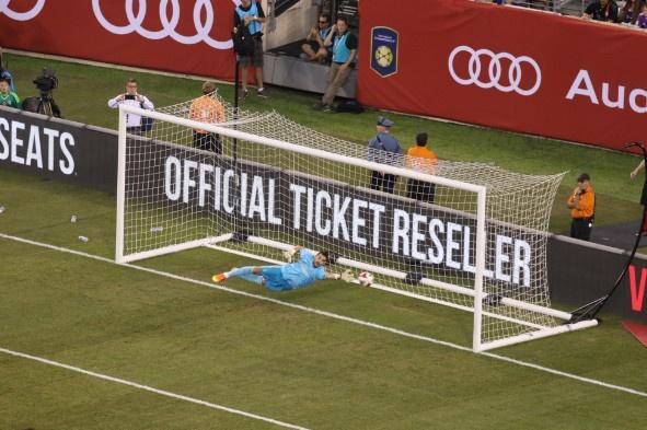 Bayern vs Real (0-1): Danilo na dai bac chay luoi Hum xam hinh anh 14