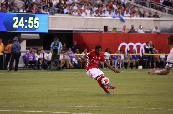 Bayern vs Real (0-1): Danilo na dai bac chay luoi Hum xam hinh anh 12
