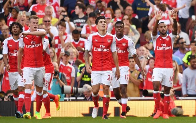Arsenal vs Liverpool (3-4): Ruot duoi hap dan hinh anh 17