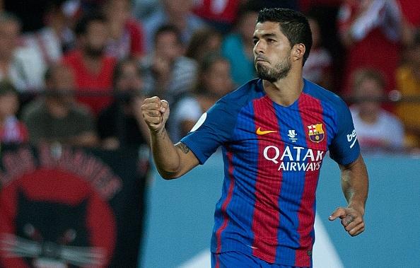 Suarez toa sang, Barca cham mot tay vao Sieu cup Tay Ban Nha hinh anh