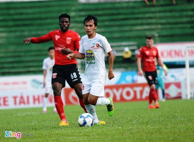Van Toan lap cu dup giup HAGL thang 3-1, Hai Phong thua 0-3 hinh anh 10