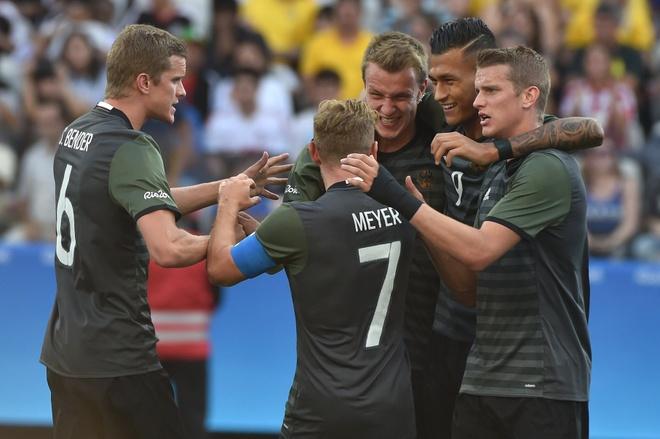 Duc thang thuyet phuc Nigeria, hen Brazil o chung ket hinh anh