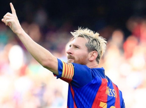 Messi, Suarez thi nhau ghi ban, Barca thang dam Betis 6-2 hinh anh