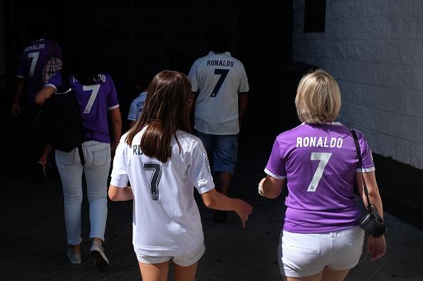 Ronaldo khai nong ngay tro lai, Real thang dam 5-2 hinh anh 3