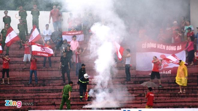Quang Ninh vs Ha Noi T&T anh 6