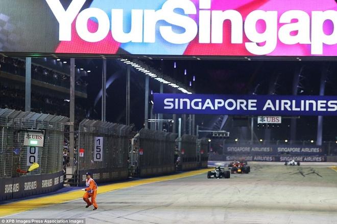 Rosberg dang quang, Hulkenberg dinh tai nan nat xe hinh anh 11