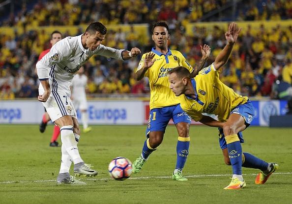 Ronaldo phan ung khi bi thay ra, Real lai mat diem hinh anh 2