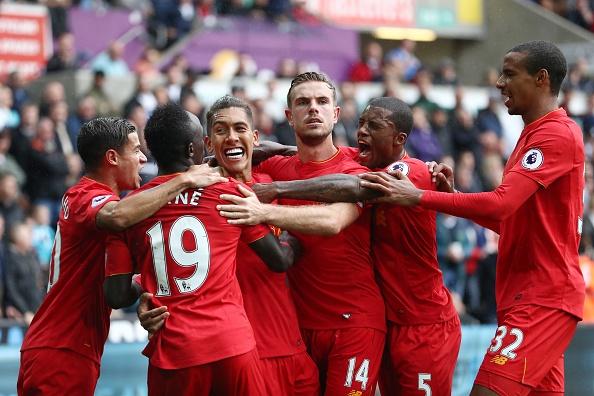 Swansea vs Liverpool (1-2): The Kop nguoc dong an tuong hinh anh 18
