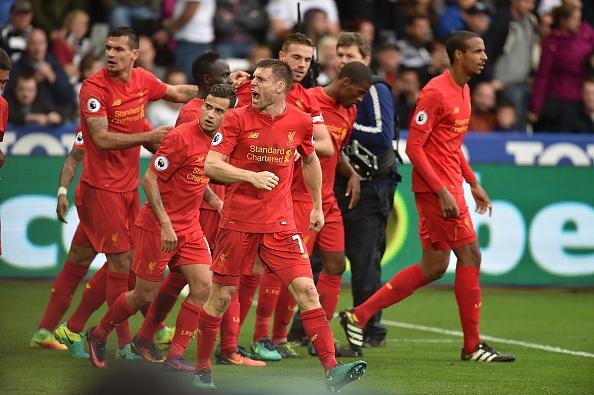 Swansea vs Liverpool (1-2): The Kop nguoc dong an tuong hinh anh 1