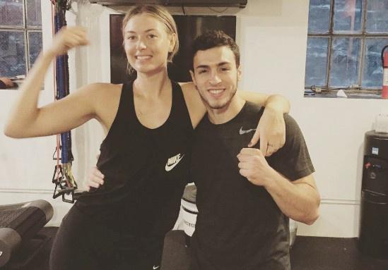 Sharapova tap boxing cho ngay tai xuat hinh anh