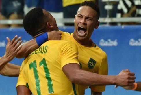 Neymar toa sang va do mau o chien thang 5-0 cua Brazil hinh anh 15