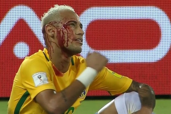 Neymar toa sang va do mau o chien thang 5-0 cua Brazil hinh anh