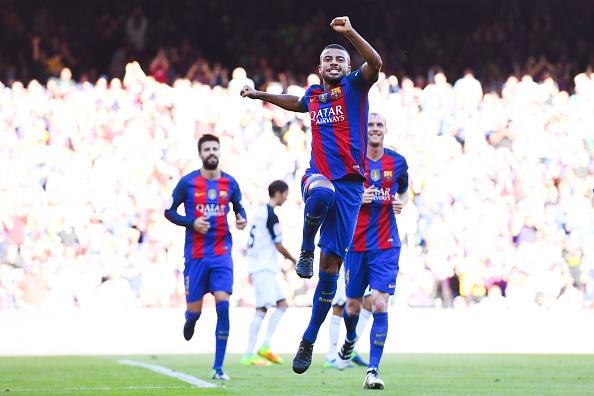 Messi ghi ban ngay tro lai, Barca thang dam 4-0 hinh anh 13