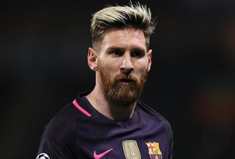 Lo danh tinh thanh vien Man City bi Messi mang 'ngu ngoc' hinh anh