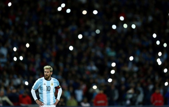 Argentina vs Colombia (3-0): Diem 10 cho Messi hinh anh 19