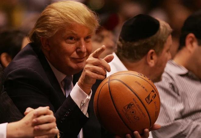 Cac doi bong NBA tay chay khach san cua Donald Trump hinh anh 1
