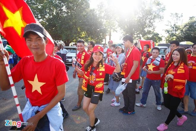 Ha Myanmar 2-1, tuyen Viet Nam khoi dau thuan loi hinh anh 10