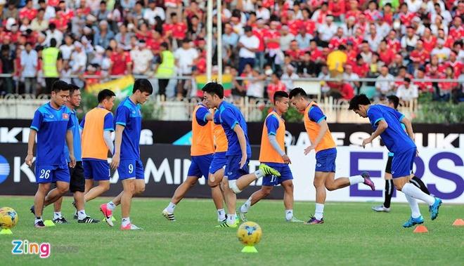 Ha Myanmar 2-1, tuyen Viet Nam khoi dau thuan loi hinh anh 15