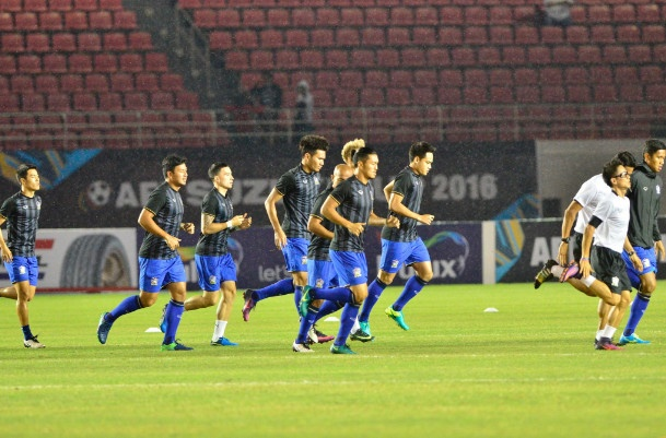 Indonesia doat ve ban ket AFF Cup cung Thai Lan hinh anh 7