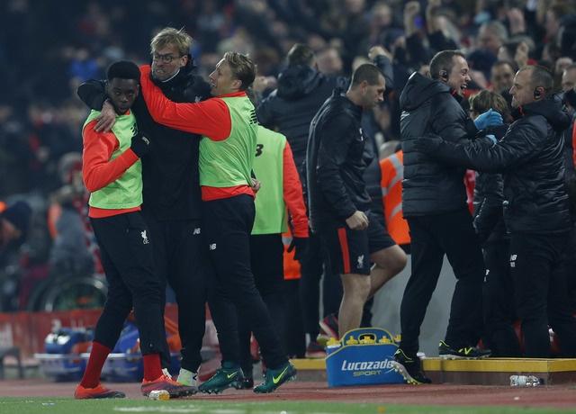 Liverpool vs Sunderland (2-0): Kep phu toa sang hinh anh 23