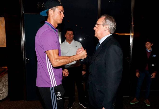 Barca vs Real (1-1): Cuu tinh Sergio Ramos hinh anh 9