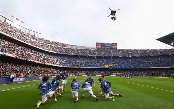 Barca vs Real (1-1): Cuu tinh Sergio Ramos hinh anh 19