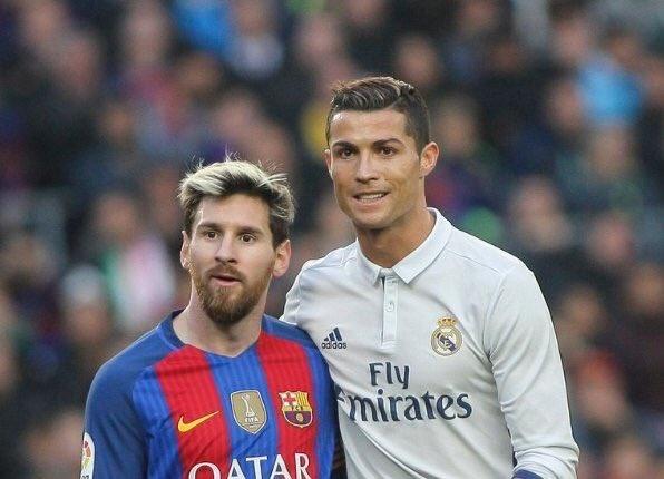 Ronaldo bi xuc pham dong tinh anh 1