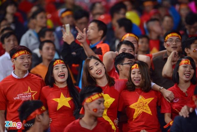 No luc phi thuong, tuyen Viet Nam van chia tay AFF Cup hinh anh 12
