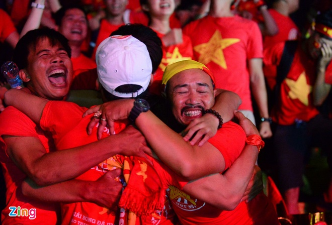No luc phi thuong, tuyen Viet Nam van chia tay AFF Cup hinh anh 28