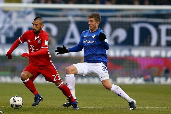 Douglas Costa lap sieu pham, Bayern nhoc nhan len ngoi dau hinh anh 16