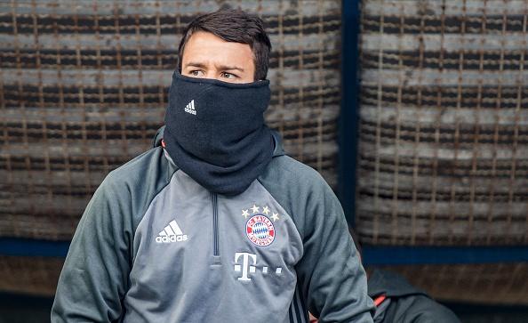 Douglas Costa lap sieu pham, Bayern nhoc nhan len ngoi dau hinh anh 14