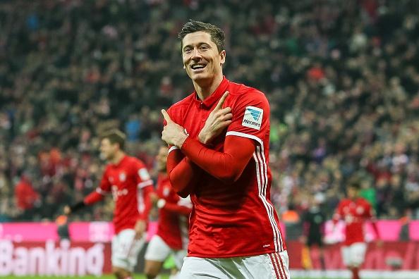 Douglas Costa lap sieu pham, Bayern nhoc nhan len ngoi dau hinh anh 4